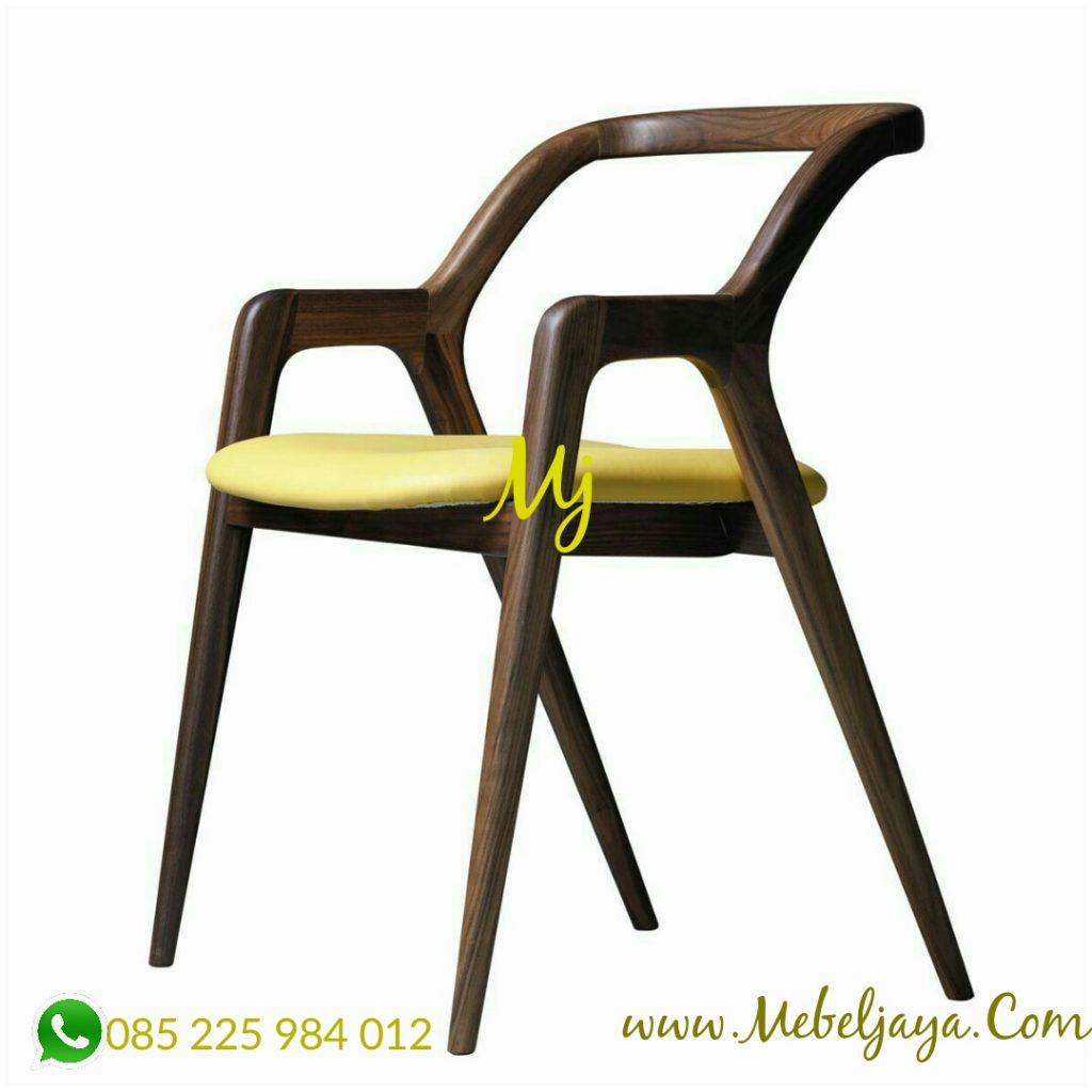 harga kursi makan cafe minimalis