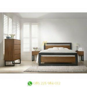tempat tidur industri