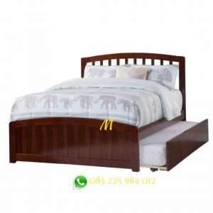 tempat tidur susun kayu